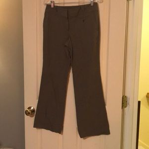 Brown tweed light weight pants. Size 4P Ann loft.